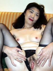 Slender asian sluts are taking off their underwear for fun