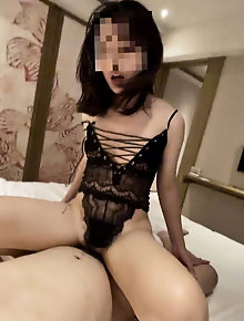 Dissolute chinese momma likes a huge boner