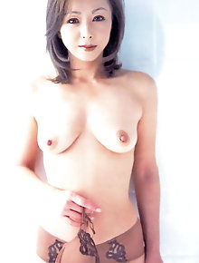 Spicy asian GFs are posing seminaked for money